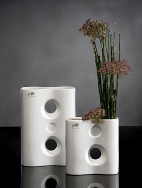 decoration-porcelain-vaza-moderna-18x7x26-cm-44332-1
