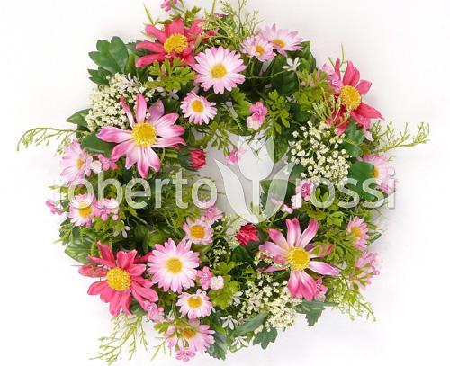 coronita-cu-flori-de-margareta-si-rudbeckia-d15x30-cm-79427-1