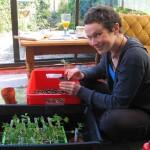 De ce schimbăm pământul la flori și ce alternativă avem?