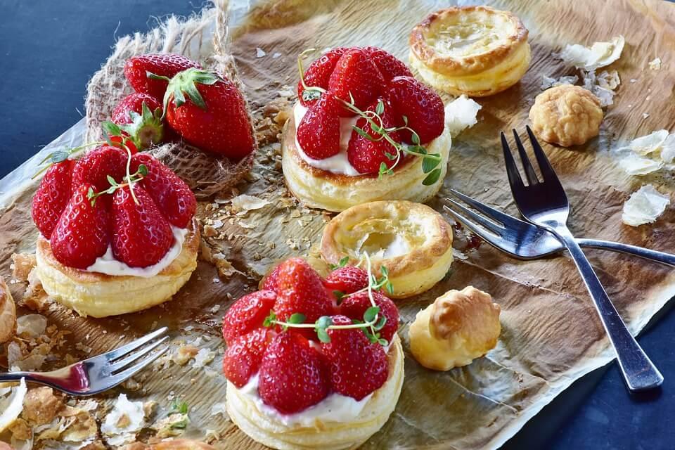 Desert cu căpșuni