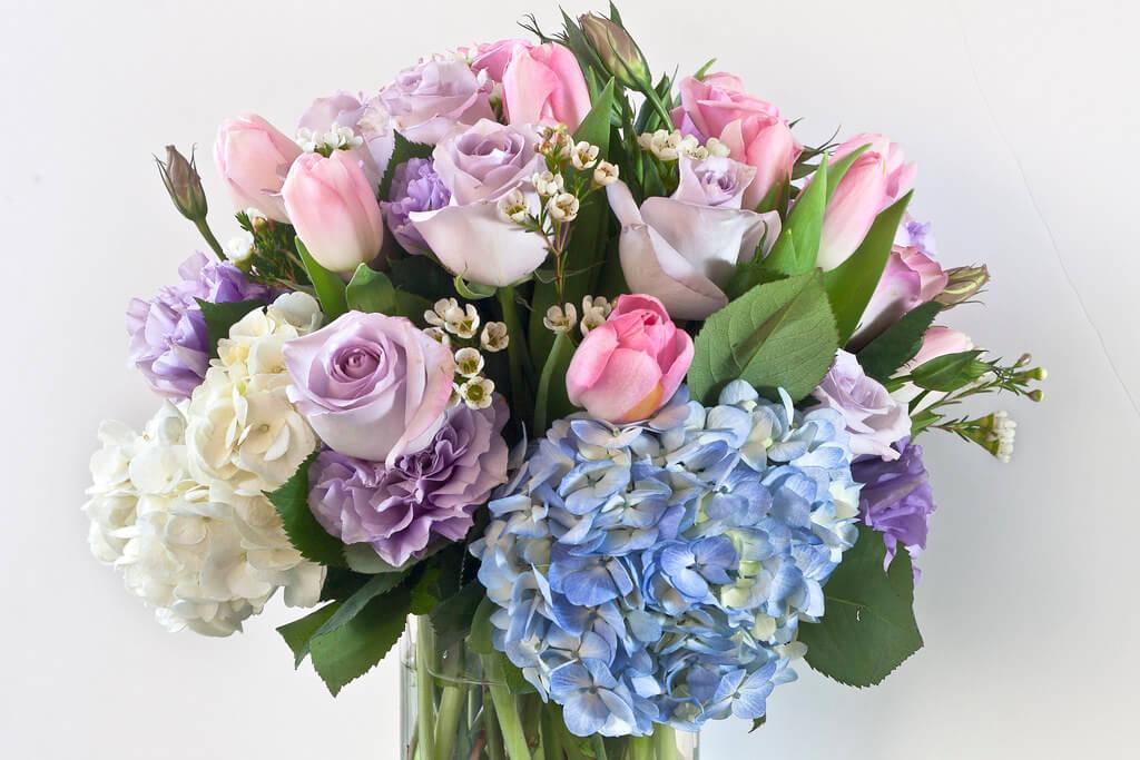 Buchet de flori combinate